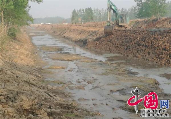 江苏新沂市窑湾镇打出组合拳确保河清水洁